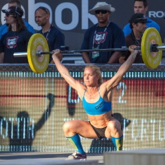 Angie Pye crossfit snatch