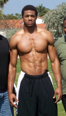 AAron Maybin muscles