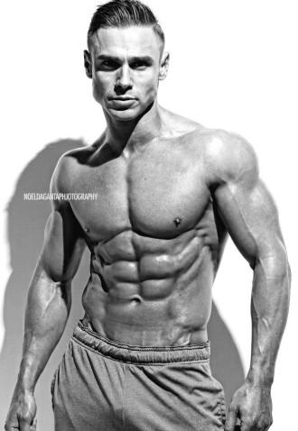 Matt Christianer IFBB Pro Mens Physique (2)