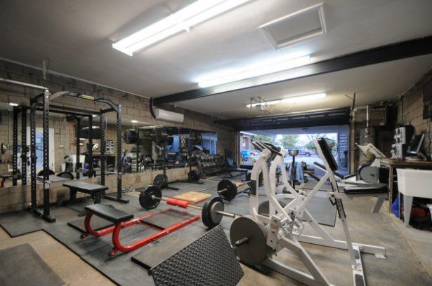 Bret Contrers Home Gym