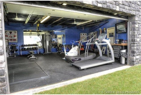 Bad ass garage gym